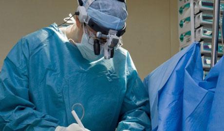 Раненых бойцов АТО оперируют канадские хирурги (ВИДЕО)