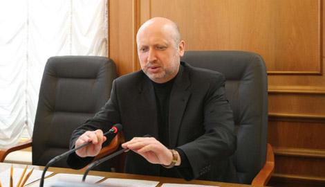 Турчинов: На украинцев ждет еще несколько волн мобилизации