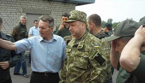 Александр Турчинов 18 декабря проведет инспекцию передовых рубежей ВСУ в зоне АТО