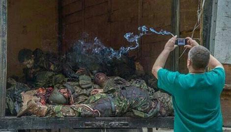 Украинские артиллеристы, точными огневыми ударами, переполнили морг Донецка пророссийскими боевиками