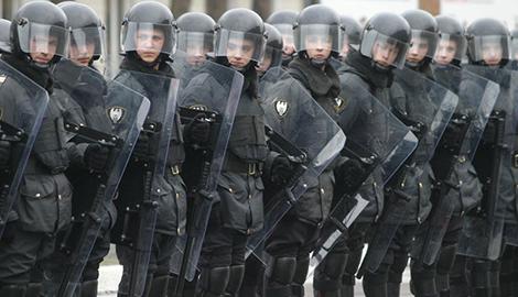В Ростове-на-Дону начались бунты солдатских матерей, в регион срочно перебрасывают Внутренние войска РФ