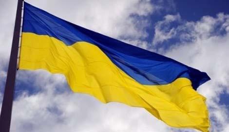 Ветеран АТО пообещал мэру Северодонецка, что выбросит его в окно, если на госучреждении не будет висеть флаг Украины (ВИДЕО)