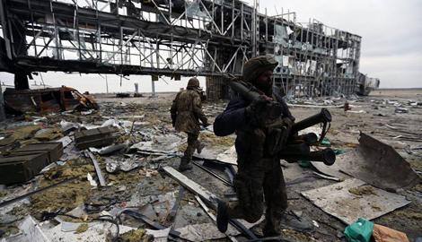 Киборги взорвали старый терминал Донецкого аэропорта и отступили, — Александр Рудоманов
