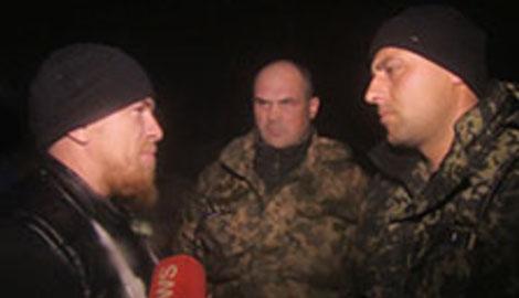 Бойцы 93-й бригады требуют уволить офицера, который пожал руку Моторолы, что по локоть в крови украинских ребят (ВИДЕО)