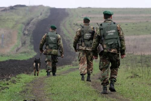 С любовью из РФ: Украинские пограничники обнаружили в поезде «Москва-Кривой Рог» тепловизоры и снайперские прицелы