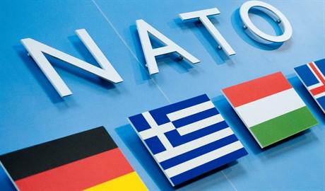 НАТО размещает командные пункты в близи границы с Украиной