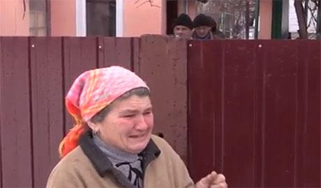 «Дурная эта война какая-то»: Жители Дебальцево 4-й месяц живут в погребе (Видео)