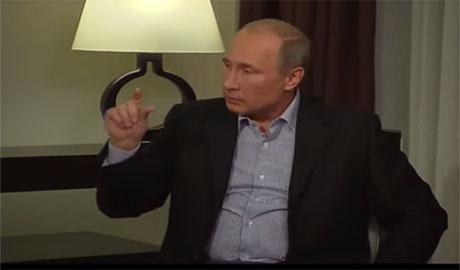 """Путин """"блистает"""" в знаниях экономики. Президент РФ рассказал как падение рубля благотворно повлияло на российский бюджет (ВИДЕО)"""