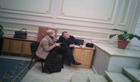 Парадокс в Верховной Раде. На глазах у министра МВД ограбили Журналистку(ФОТО)