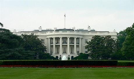 Белый дом опроверг информацию о введении санкций против России