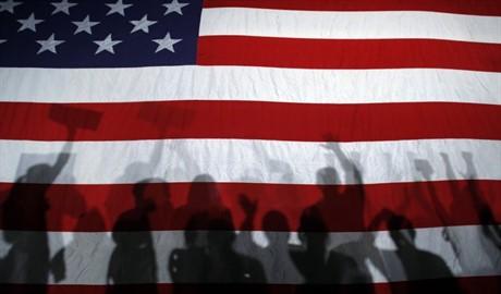 «Няша» и «Царев» «заняли место под солнцем» санкций США