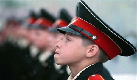 Теперь и дети буду воевать: как террористы «ЛНР» воспитывают подростков