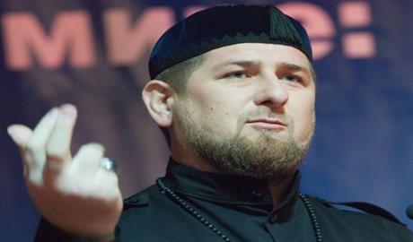 В Чечне неизвестные сожгли дома родственников боевиков
