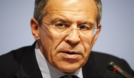 "Лавров заявил, что Киев взял в ""заложники"" Запад"