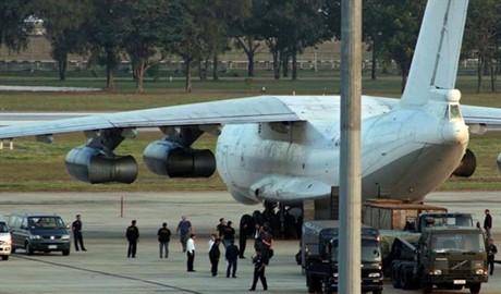 В Нигерии задержали российский самолет с оружием и военной техникой