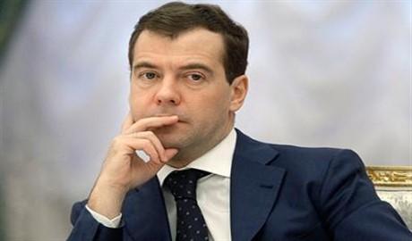 Медведев признал, что в резком обесценивании российского рубля нет ничего хорошего
