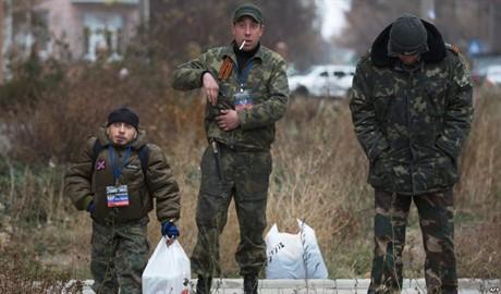 Российские наемники воюют на востоке Украины за право грабить дома местных жителей