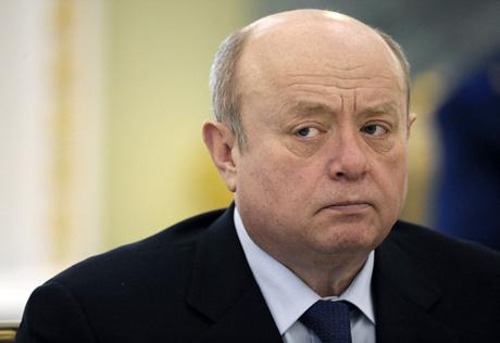 Глава внешней разведки РФ заявил, что через санкции и снижение цены на нефть, Запад хочет сместить действующий российский режим
