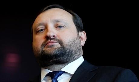 Криминальное производство в отношении судьи, который отменил арест счетов Арбузова открыто!