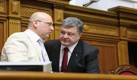 Турчинов – новый министр обороны. Сбудутся ли желания Порошенко?