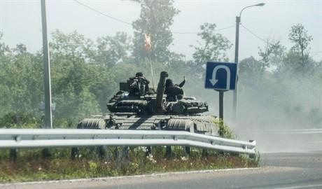 Боевики воздушно-десантных войск РФ вплотную приблизились к 29-му блокпосту сил АТО