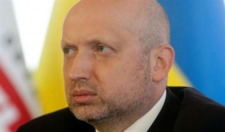 Турчинов не исключает факт введения военного положения в Украине