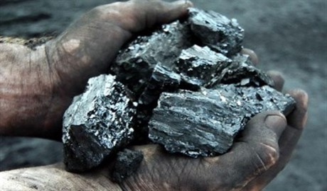 Россия продолжает нелегально вывозить украинский уголь