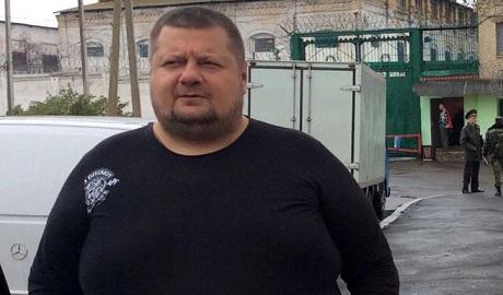 Депутат от партии Ляшка врезался в дерево на автомобиле «Мерседес»