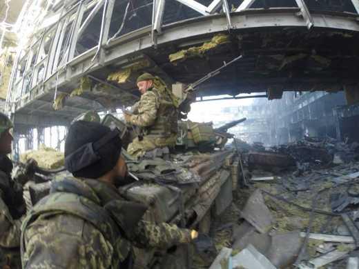 Последние новости из Донецкого аэропорта: Артиллерия террористов притихла, все этажи терминала заняты военнослужащими ВСУ