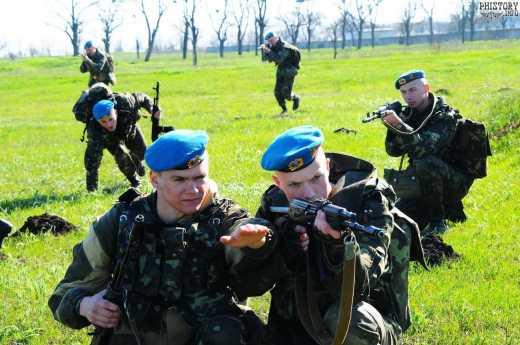 Наступления на Донецк не было, просто украинские десантники заблудились, – Борислав Береза
