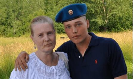 Мать российского садиста Мильчакова считает, что свастика заряжает положительной энергией