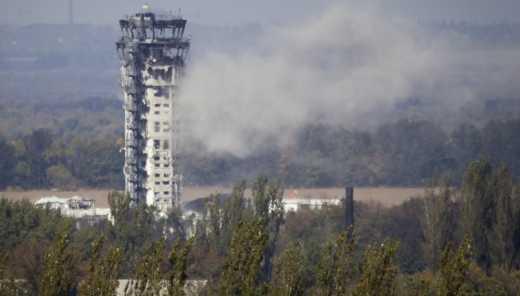 Перемирие по-русски: Боевики с помощью тяжелого вооружения штурмуют Донецкий аэропорт