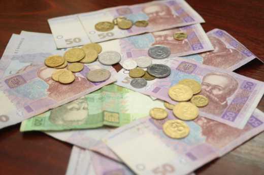 Турчинов предостерег граждан: Меченые гривны с Донбасса приведут к тюрме