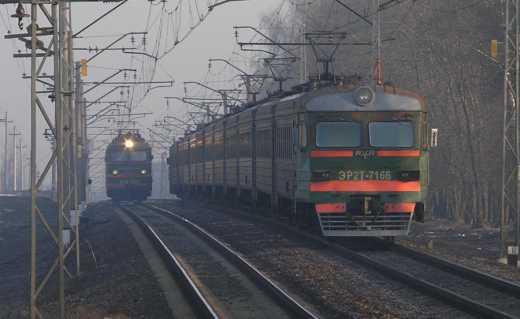 Предприимчивые работники железной дороги через сильные морозы зарабатывают 50 гривен на пассажире