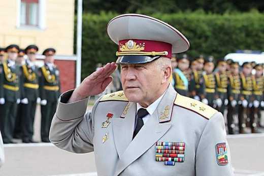 А кто ты такой?, — боец на блокпосту к хаму-генералу Пушнякову