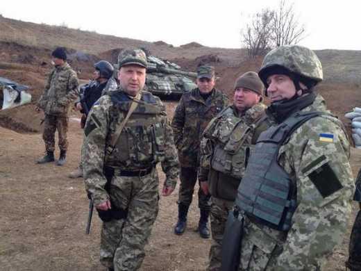 Александр Турчинов: Российские наемники пытаются выбить наши силы с 31-го блокпоста, бои продолжаются