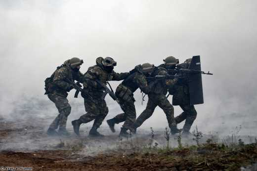 Спецназ внутренних войск МВД РФ «Эдельвейс» начал зачищать боевиков самопроголошенной «ЛНР»