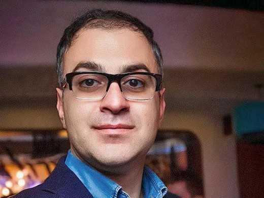 Гарик Мартиросян считает убийство армянской семьи в Гюрме, обычной бытовухой, которая не должна поссорить Россию и Армению