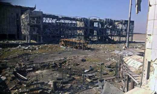 Донецкий аэропорт под контролем ВСУ, террористы попросили прекращения огня, чтобы они забрали 200 и 300