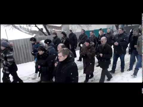 Герои не умирают: На Львовщине люди стоя на коленях в снегу прощались с погибшим киборгом