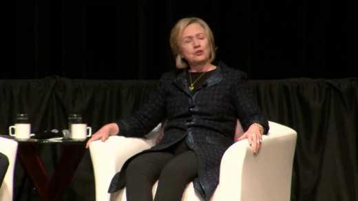 Хилари Клинтон высмеяла Владимира Путина и демократию по-русски