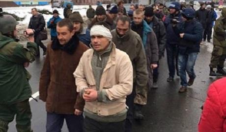"""Если Россия плюет на женевские конвенции и всяческую мораль, то Украина так же должна проводить """"парады"""" пленных – Березовец"""