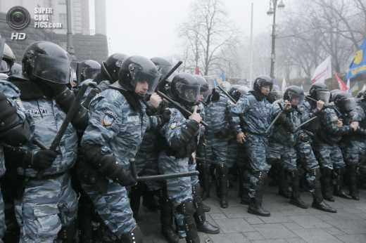 Цепные псы режима Януковича  напали в Харькове на правозащитника, Анастасия Станко