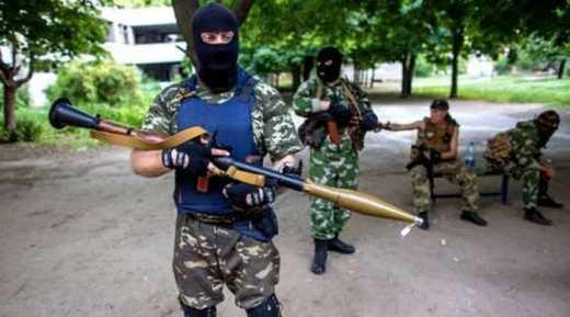 Террорист самопровозглашенной республики с РПГ — обезьяна с гранатой