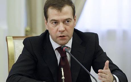 Премьер-министр РФ решил, что Украина должна оплатить газ, который Россия поставляет террористам