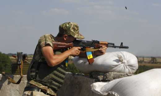 """Человек в свои 55  готовится освобождать родную землю от рашистов, пока сыновья воюют в """"ДНР"""""""