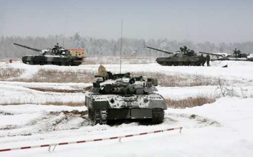 В Горловку вошли две колонны военной техники РФ, оккупанты готовятся к штурму Дзержинска