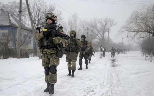 Кремль начал удобрять землю под Мариуполем: В результате двух неудачных атак, поля усеяны трупами террористов