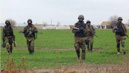 Артиллерия ВСУ точным ударом уничтожила колонну оккупационных войск вблизи Мариуполя, – пресс-служба