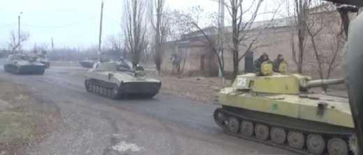 Террористы уничтожили военную колонну РФ перепутав ее с украинской